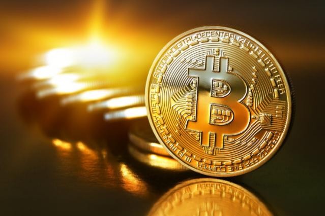 Bitcoin Online: Lloyds bans credit card Bitcoin purchases